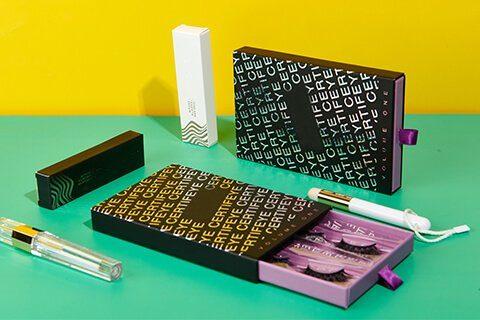 custom-eyelash-boxes-branding