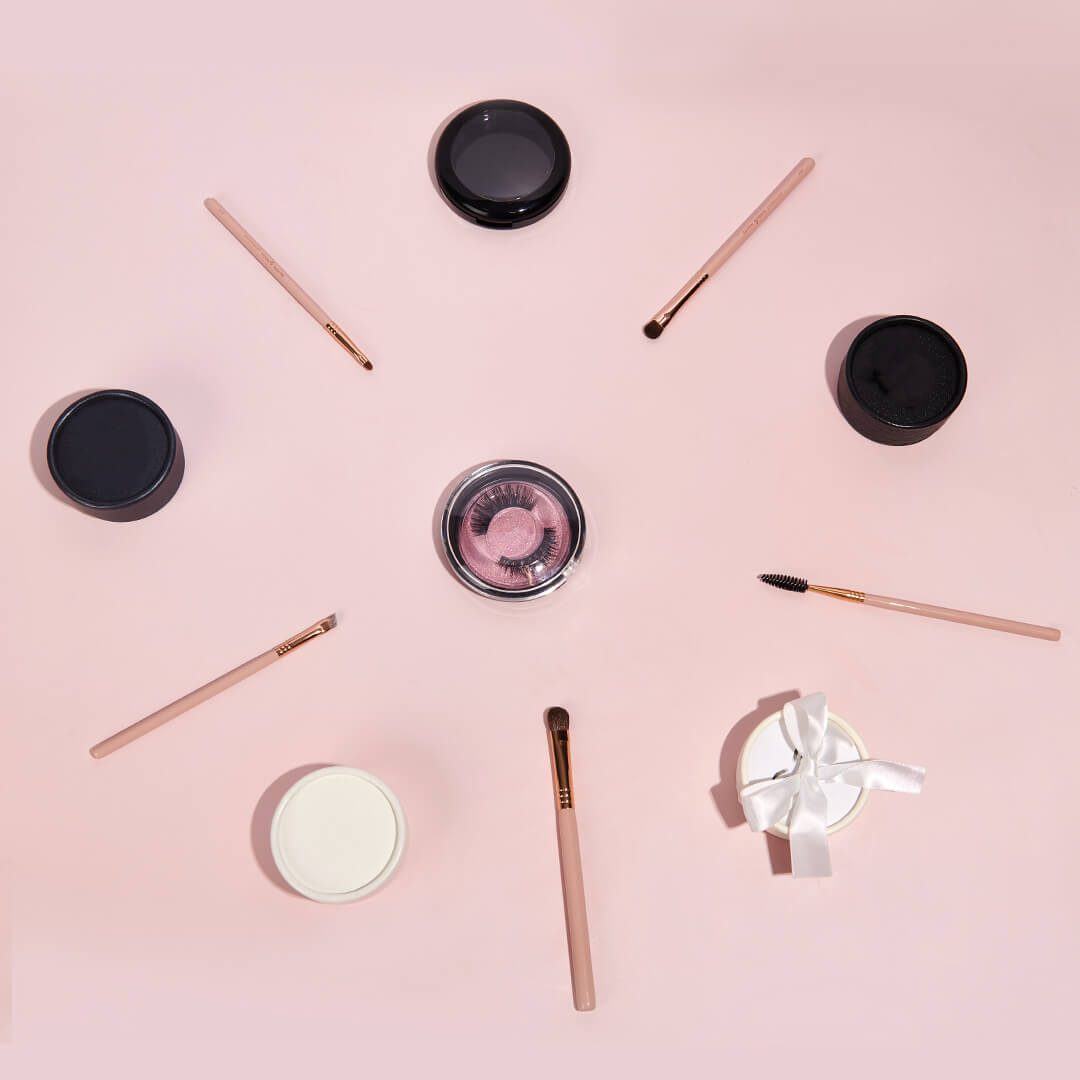 custom eyelash packaing boxes-round boxes